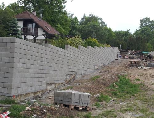 Zeď ve Starém Sedle